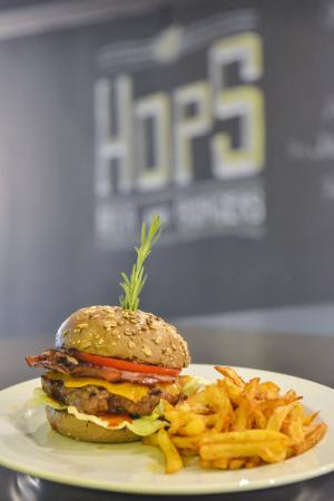 HOPS beer and burger