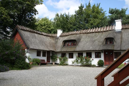 B&B Hotel Albertine: The beautifully restored farmhouse.