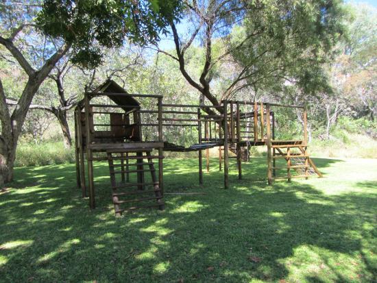 Kupferquelle Resort: Playground near swimming pool