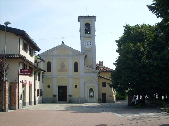 Peschiera Borromeo, Italy: il fronte