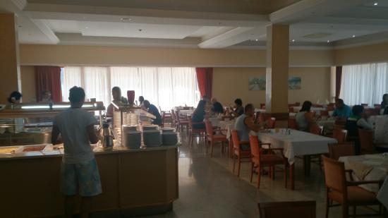 Hotel Pula: Время завтрака, шведский стол
