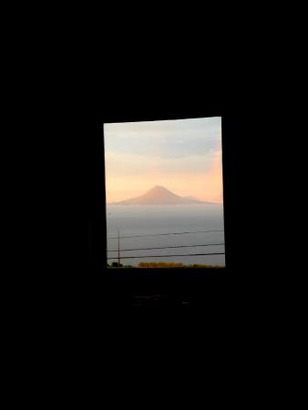 Rosais, Portugal: The view from our window at sunrise