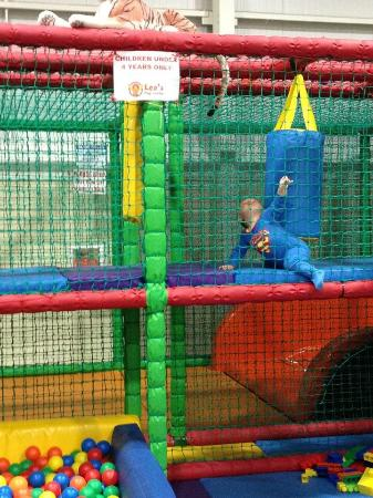 Leo's Play Centre