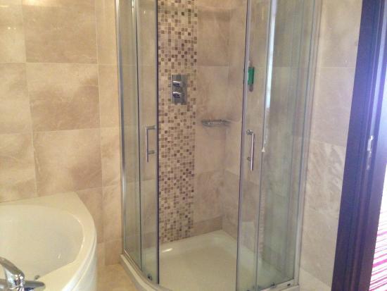 Cootehill, Ιρλανδία: seperate shower
