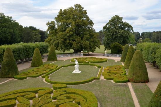 Foto de parc et jardins du chateau de bouges bouges le chateau chambre coucher au ch teau de - Foto chambre a coucher ...
