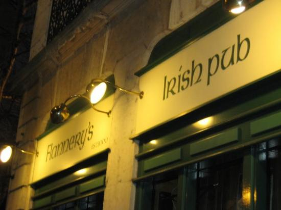 ‪Flannery's Irish Pub‬
