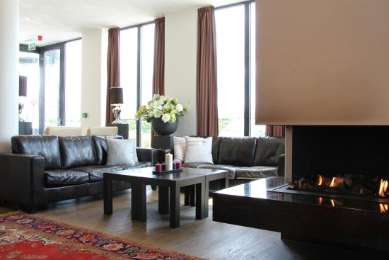 Bastion Hotel Vlaardingen: Hotel Lobby