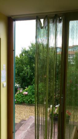 Hotel Agur Deneri : rideau fil rattaché