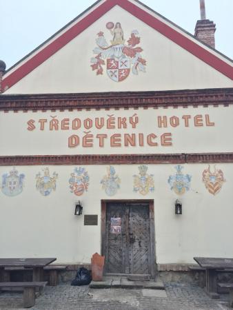 Medieval hotel Detenice