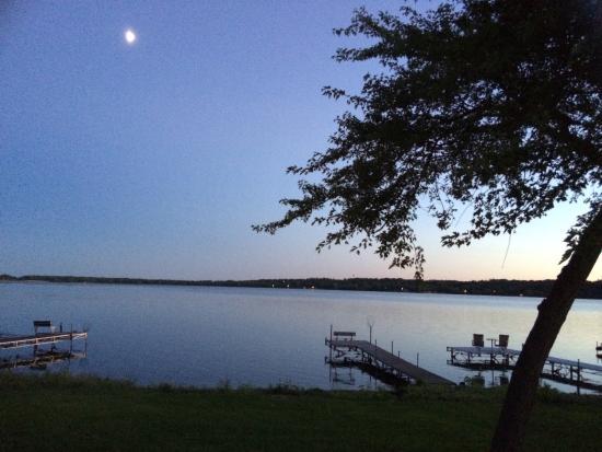 Ortonville, Minnesota: Cabin sunset.. Beautiful :)