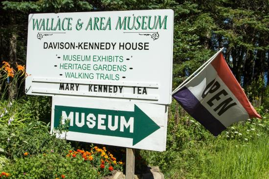 Wallace, Canada: Entrance to Museum and Grounds