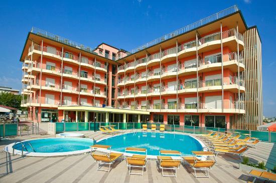 Adria hotel beach club prices reviews cesenatico - Bagno giorgio cesenatico ...