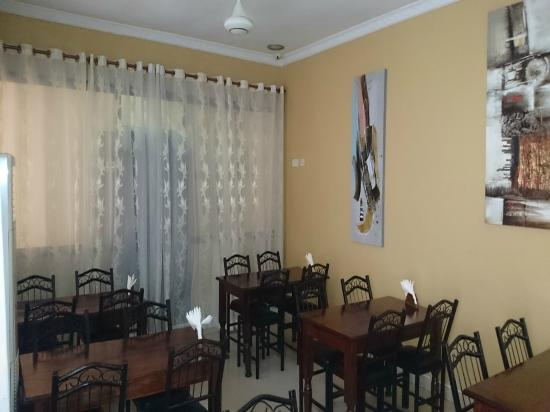 Transit Motel Airport: Dining room