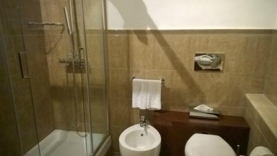 Inn Spagna Charming House - Frattina 122 : Bagno