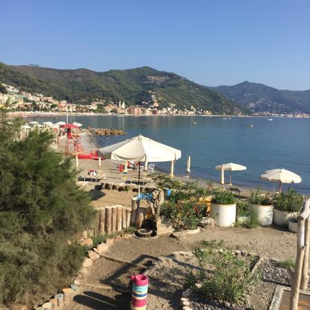 30 August - Foto di Bagni Capo Mele, Laigueglia - TripAdvisor