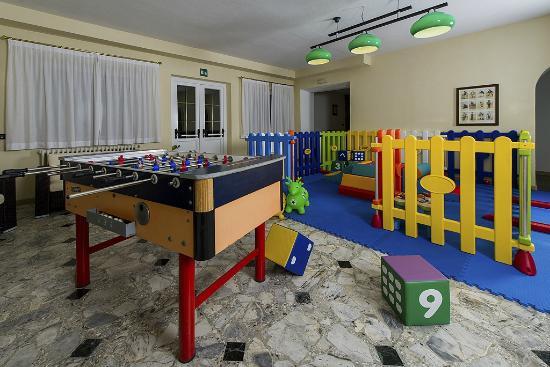 Family Hotel Gran Baita: La sala giochi per i più piccoli