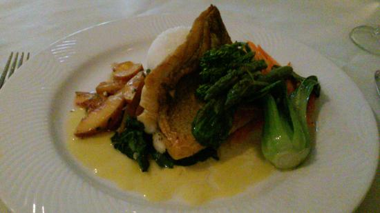 Macungie, PA: Walleye pike wth rice, asparagus, bok choi, carrots, plums