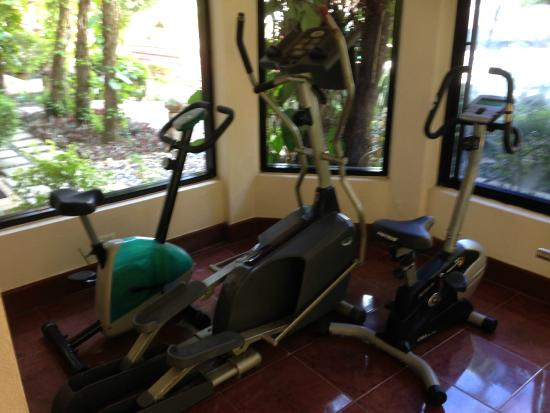 Anyavee Ao Nang Bay Resort: These poor machines died :-(