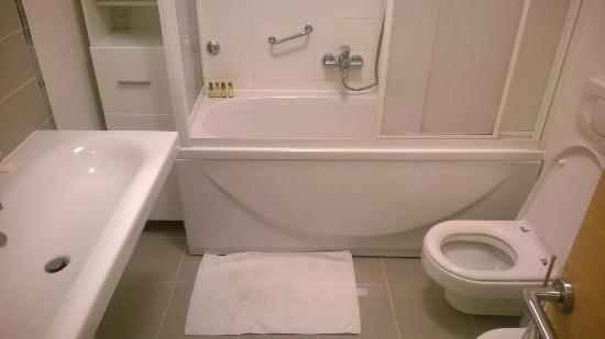 Casa M Rabac : Bad / sehr sauber übernommen