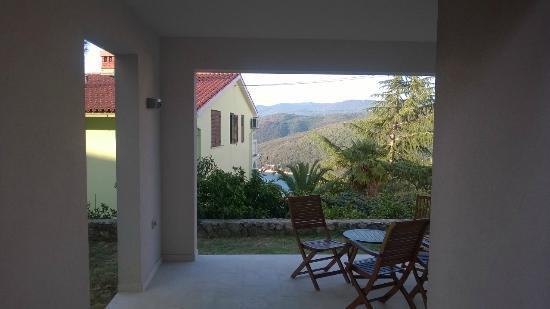 Casa M Rabac : Terrasse / PINETA (Name vom Apartment)