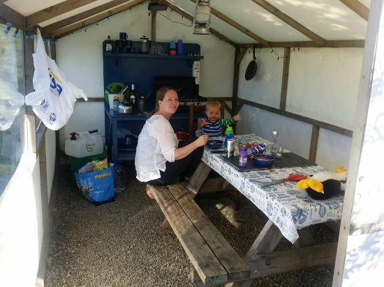 Ty Parke Farm Camping: Fantastic time in Dingley Dell Yurt