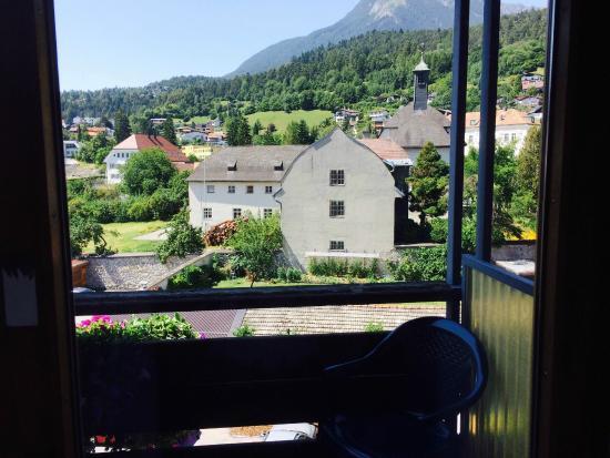 Hotel Eggerbräu: Zimmeraussicht/Balkon