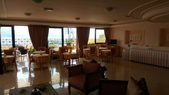 Hotel Florena Episkopos: Sala colazione