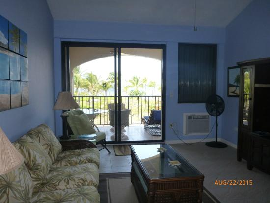 Pelican Cove Condos: Living room view to gallery