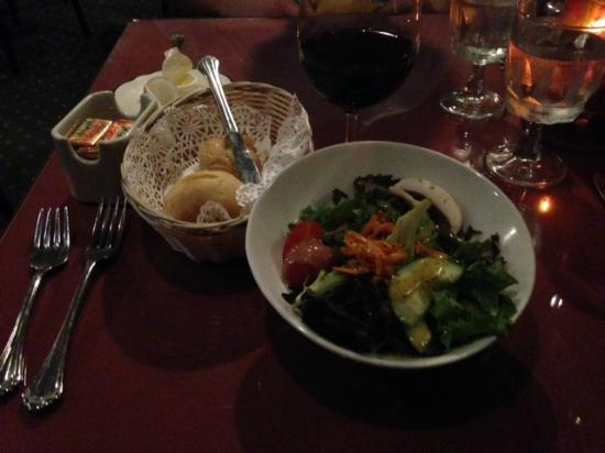 Choices Restaurant & Rotisserie: Salad (came with entree) and bread