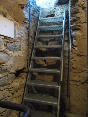 Intragna, Szwajcaria: La scaletta che porta al piano delle campane
