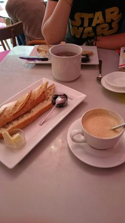 Kavarna Oh la la: Francouzske Bistro
