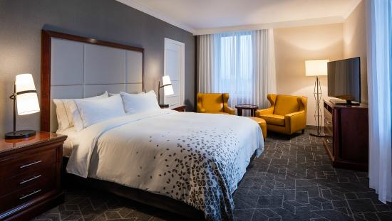 Renaissance Providence Downtown Hotel: King Guest Room