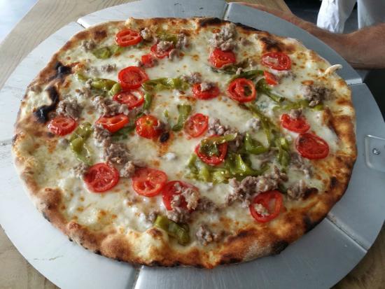Pizzeria origano pizza casalecchio di reno restaurant for Hotel a casalecchio di reno