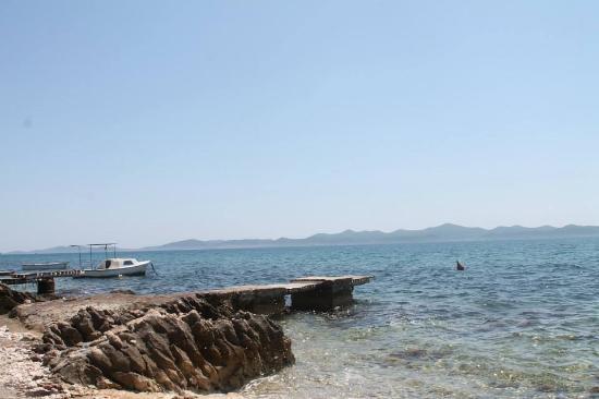 Dolac Guesthouse : praia proxima da casa