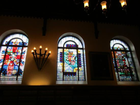 Osgoode Hall Restaurant: Stained Glass