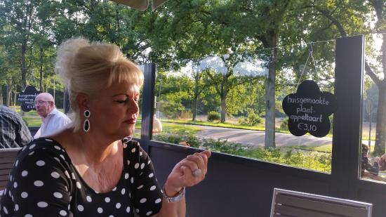 Brasserie de Berken: Landelijk uitzicht op terras