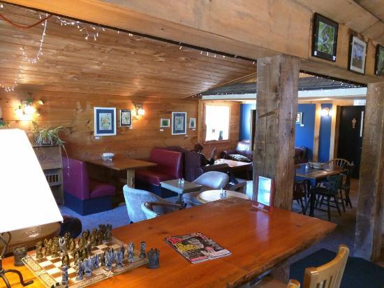 Campton, NH: A cozy, welcoming coffee shop.