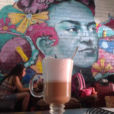 Frida cafe bar