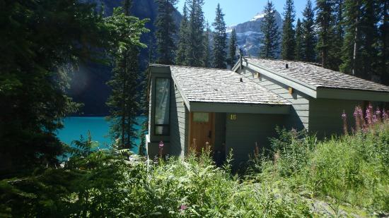 Moraine Lake Lodge: Deluxe cabin #16