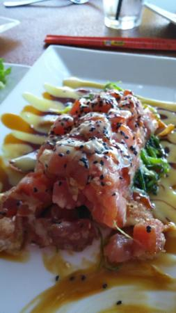Smugglers Cove Restaurant and Bar : Tuna Poke appetizer