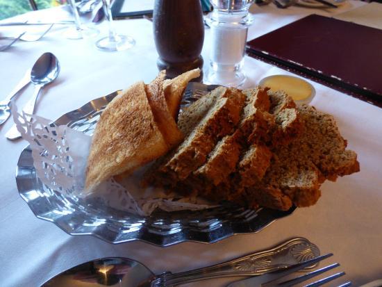 Abbeyglen Castle Hotel : Bread Plate