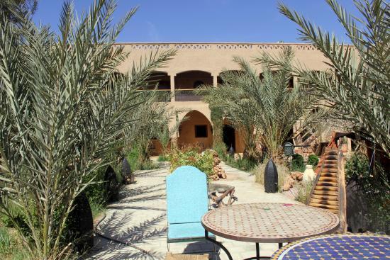 Hotel Nomad Palace: Hermoso jardín
