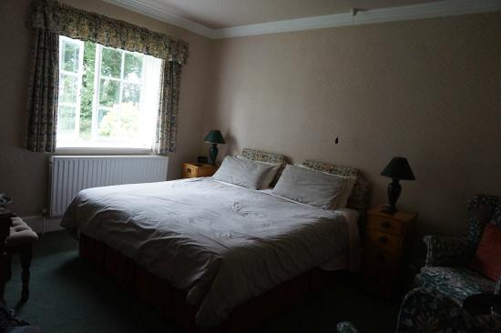 Dinton, UK: Double bed