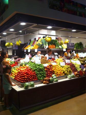 Mercado de Abastos: Fantastic local produce chiclana market