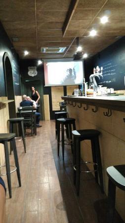 Oatman burguer bar & beer