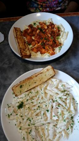 Homeplate taunton menu prices restaurant reviews for Classic house of pizza taunton ma