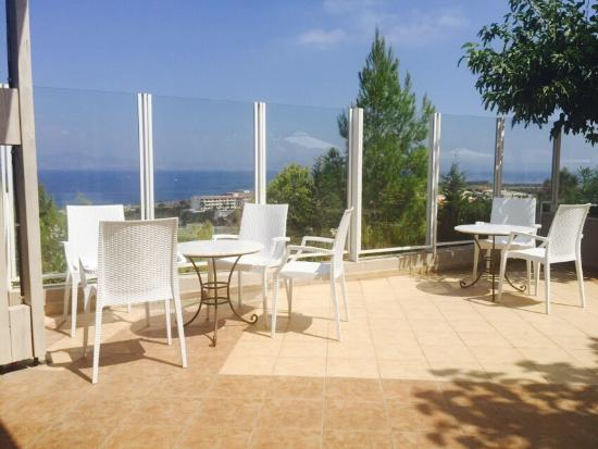 Kipriotis Aqualand: We had a great holiday just wish we had booked for 2 weeks , a very big thank you to the staff a