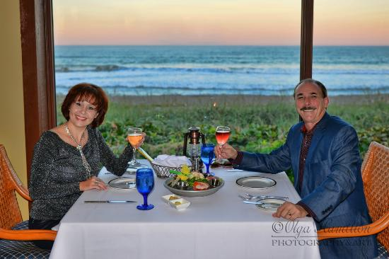 Jensen Beach, Φλόριντα: Celebraitiong our anniversary at Pietros on the Ocean