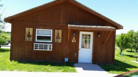 Lakota Prairie Ranch Resort: Our cabin #40 lose up Pet cabin