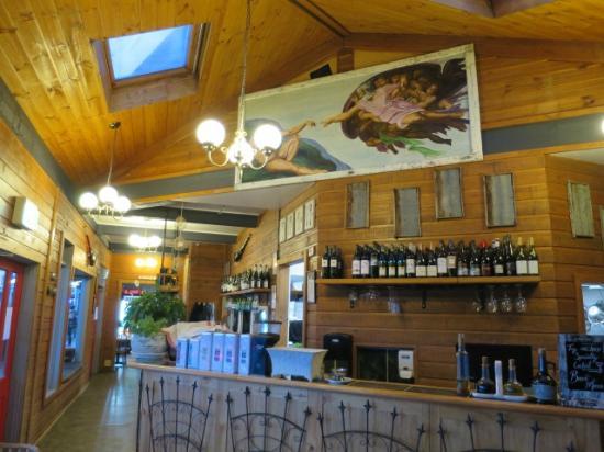 Bacco Italian Restaurant: 店内(中央)
